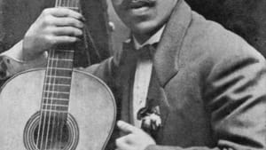 Paraguayan Augustín Barrios is often regarded as one of the most prolific guitarists. (Image retrieved via Wikimedia Commons.)
