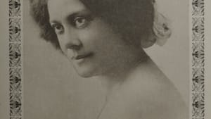 Where history helps us imagine a better future: Alice Dunbar-Nelson in a 1915 photography by Addison Scurlock. (Courtesy of University of Delaware Library, Museums, and Press, Special Collections & Museums.)