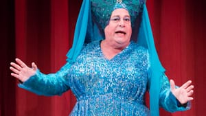 There's nothing like a dame: Mark Lazar as the Dame of the Lake. (Photos by Mark Garvin)