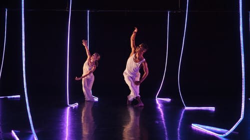 Lighting distracts from mesmerizing dance. (Photo by Karli Cadel.)