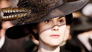 Lady Mary: Back in black