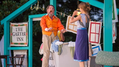 Falstaff in love: Bradley Mott and Amy Frear in 'Merry Wives.' (Photo by Alessandra Nicole.)