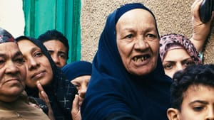 Ahmed Ismaiel Nour's 'Waves' ('Moug') documents the 2011 Egyptian Revolution as it began in Suez. (Image courtesy of Al-Bustan.)