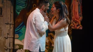 Subtle and dynamic: Frank Jimenez and Jessica Gruver in Teatro del Sol's 'Oedipus El Rey.' (Photo by Alfredo Pérez.)