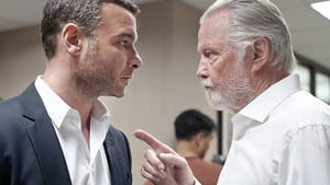 Liev Schreiber and Jon Voight: Like father, like son?