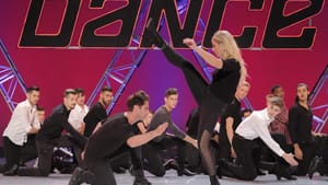 This is about more than the best dancers: choreographers Sasha Farber and Emma Slater with SYTYCD season 16 contestants. (Photo by Adam Rose, copyright 2019 Fox Media LLC.)