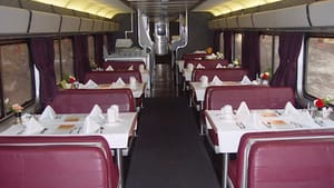 The Zephyr's dining car, where Ortiz broke bread with her fellow travelers. (Photo via Creative Commons/Wikimedia)