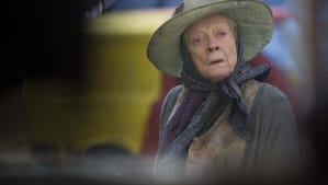 """The decidedly unglamorous Maggie Smith in """"The Lady in the Van."""" (Photo by Nicola Dove - © 2015 - Sony Pictures Classics)"""