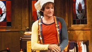 """Robin Williams and his rainbow suspenders in """"Mork & Mindy"""" (Photo by David Sutton - © 1978 David Sutton - Image courtesy mptvimages.com)"""